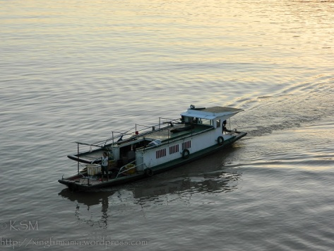 Sampan on the Yangtze River
