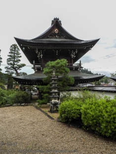 ksm-20161003-japanese_roofs-05
