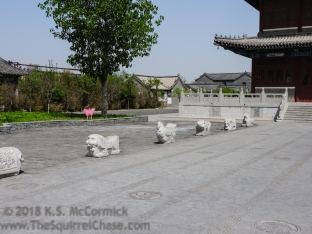 Yangjiabu Folk Village, modern stone carvings.