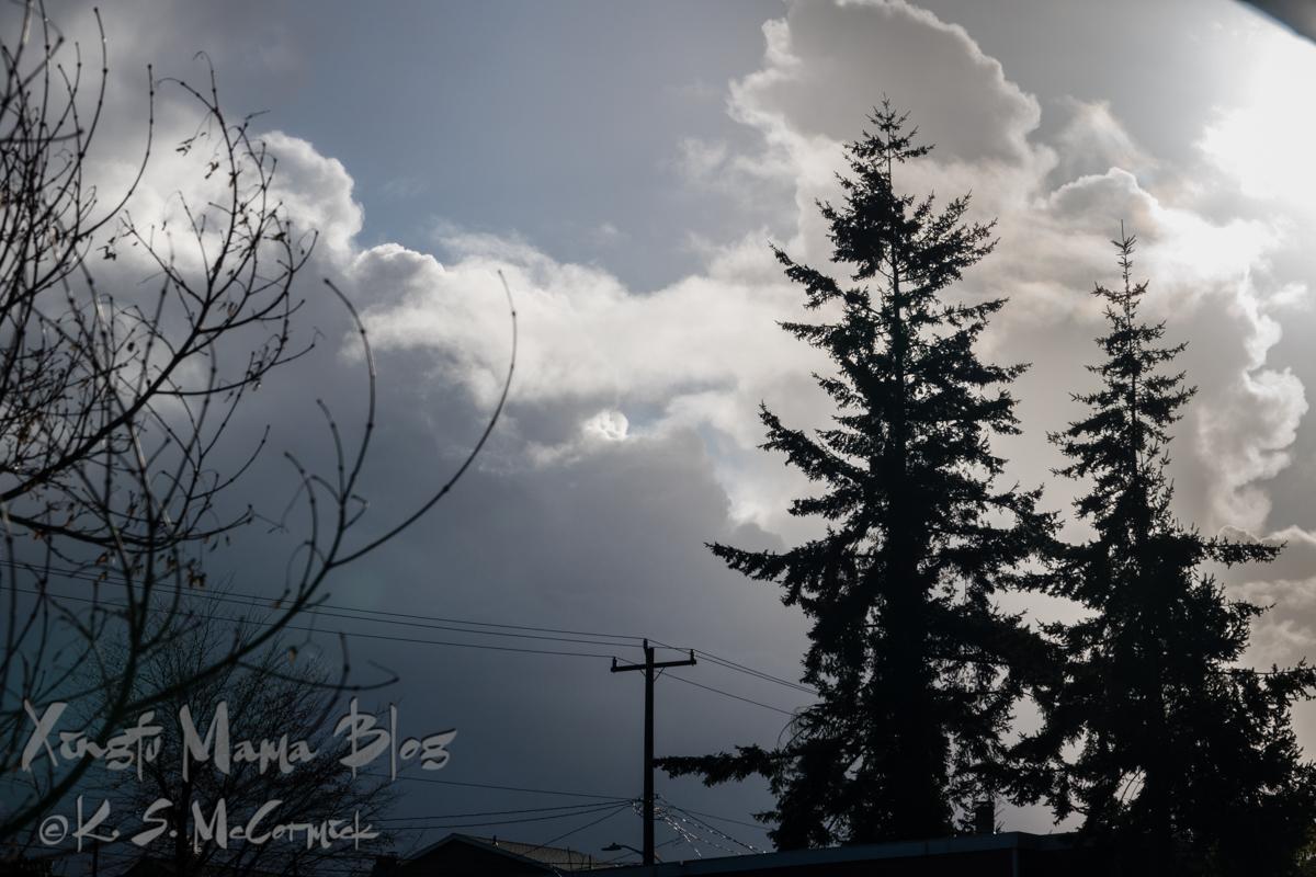 KSM-20181127-storm_clouds-01