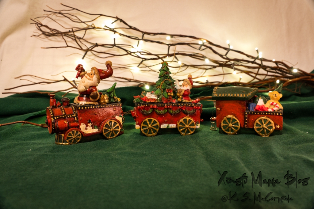 Ceramic Christmas train: Santa Claus is coming to town.