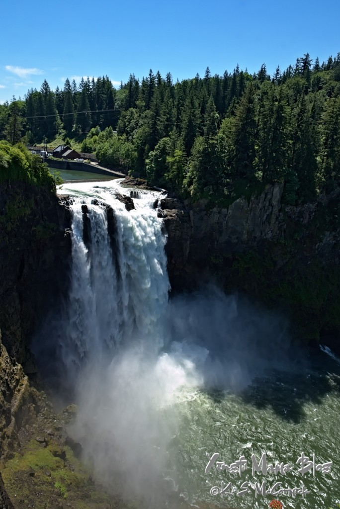 Overlooking Snoqualmie Falls in Washington State, USA.